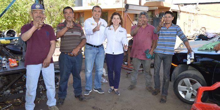 Intensifica Angélica Miranda contacto ciudadano