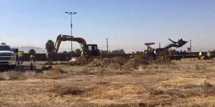 """Inicia EE.UU. construcción de 32 kilómetros del """"muro de la discordia"""""""