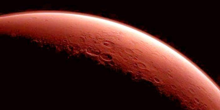 Acercamiento marciano y eclipse total de Luna; mucho para un día