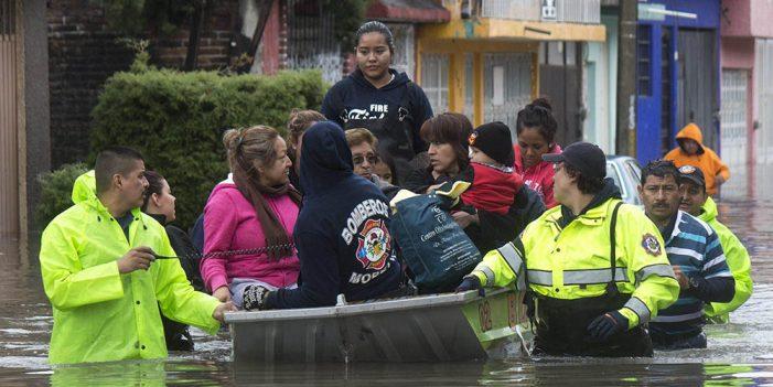 Aplican Plan DN-III-E por desbordamiento de río en Michoacán