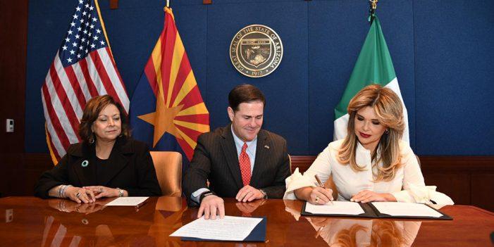 Firma Gobernadora de Sonora con Nuevo México y Arizona acuerdo para exportar gas natural para Asia