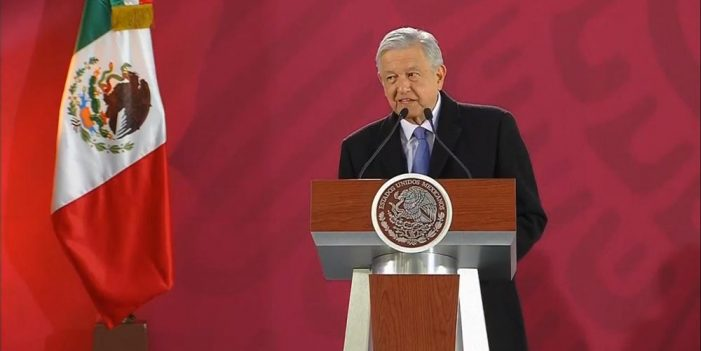 Garantiza AMLO atención integral a derrame en Río Sonora