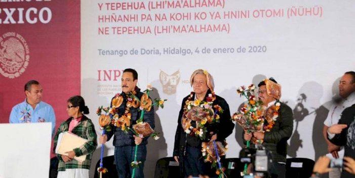 Pide AMLO a indígenas cuidar entrega de apoyos sociales