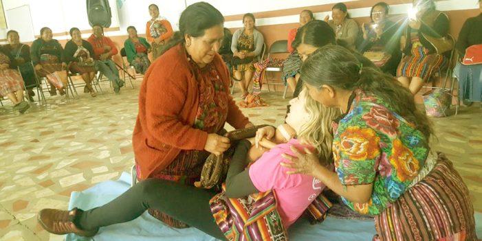 PARTERAS: Asisten nacimiento de nueva etapa de Salud
