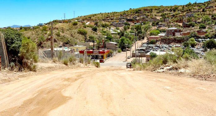 Rehabilitan calles en colonia Luis Donaldo Colosio