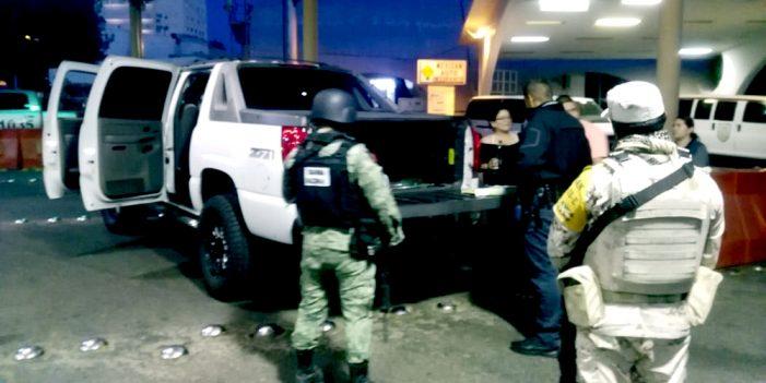 "Guardia Nacional ""golpea"" a damas del narco"