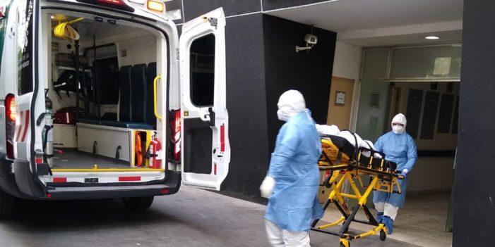 Sobrevive al Covid-19, pero casi muere al ver la factura del hospital